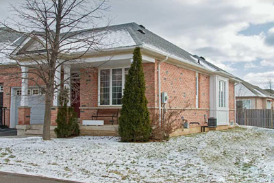 Photo of: 25-2243 Turnberry Road, Burlington